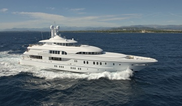 Location de yacht LURSSEN 60M