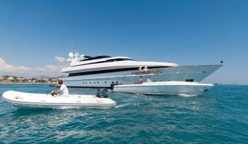 Location de yacht Cantieri Di Pisa 140