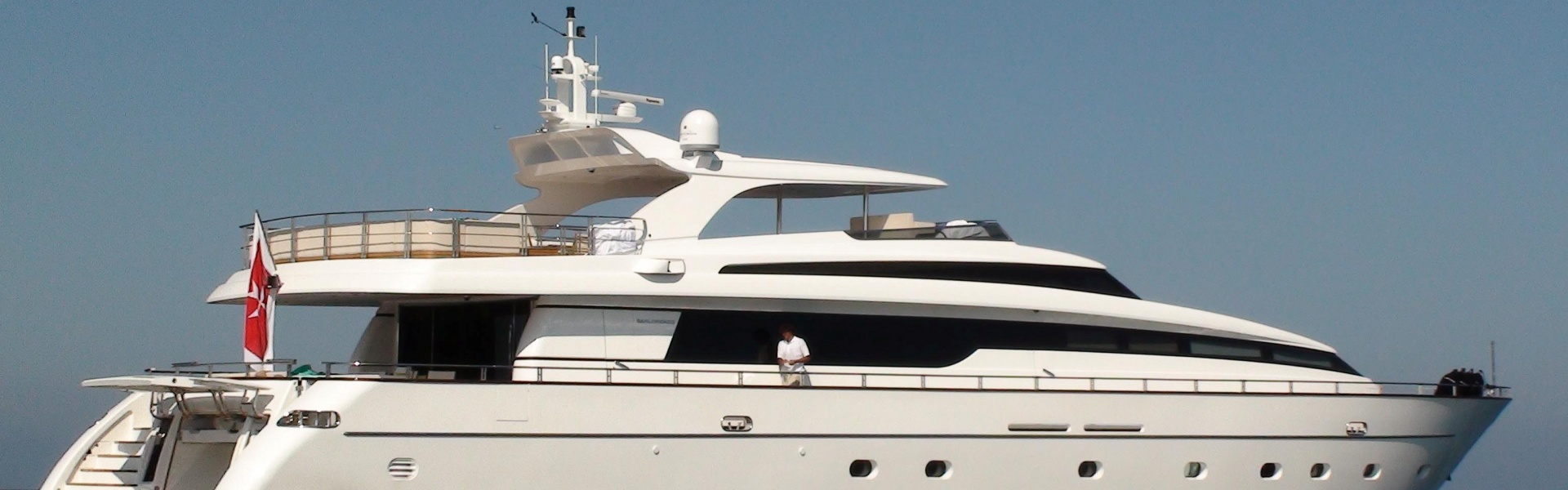 Location de yacht SANLORENZO 115