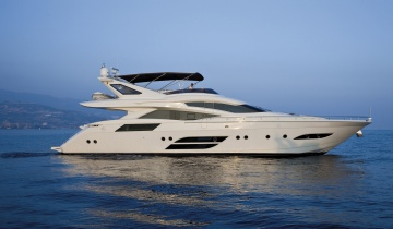 Location de yacht Dominator 780
