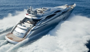 Location de yacht Pershing 115